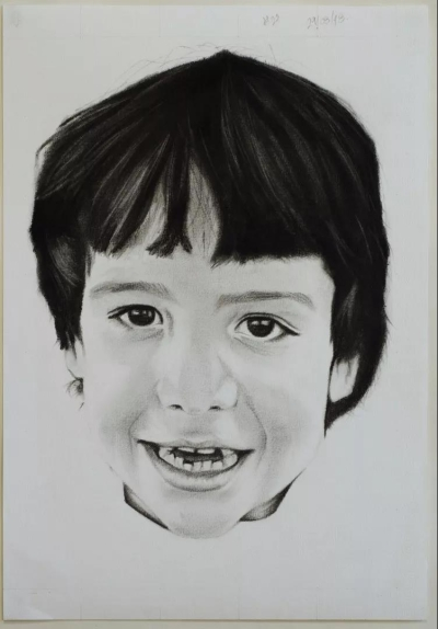 Self-David Rodriguez #27, charcoal and graphite on paper, 27x38cm